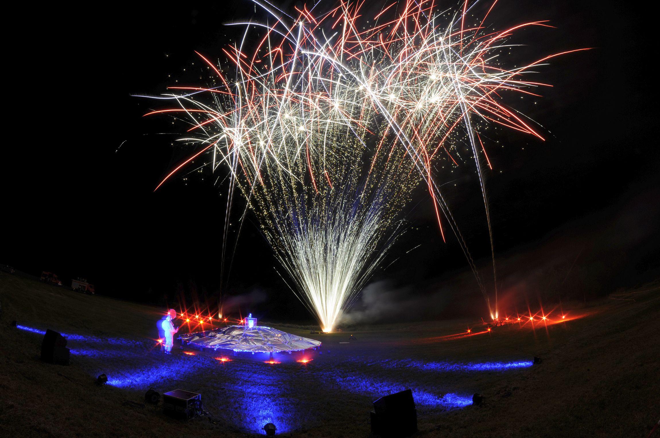 Stelzenfestspiele Reuth Feuerwerk