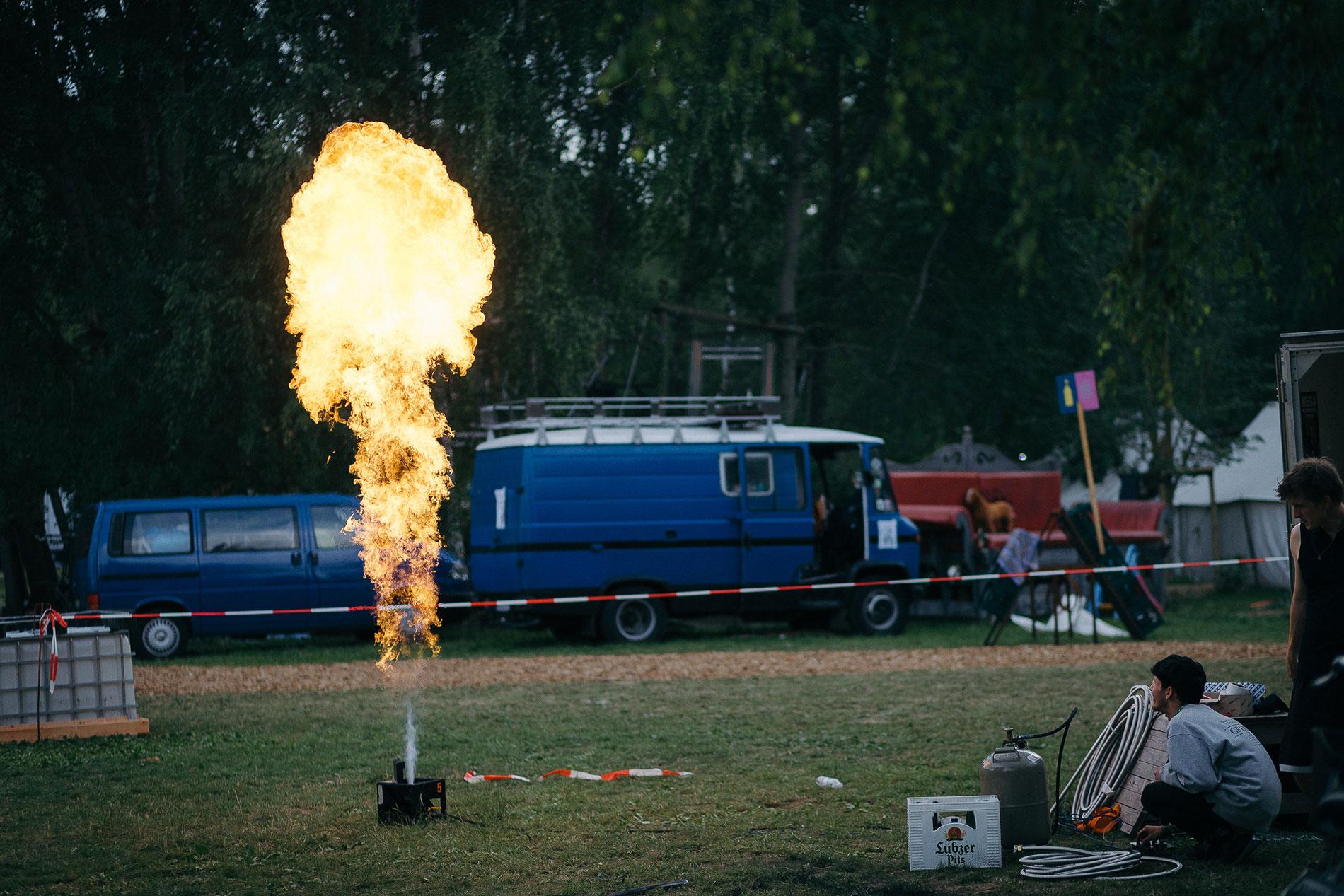 Aufbau Pyroshow Fusion Festival
