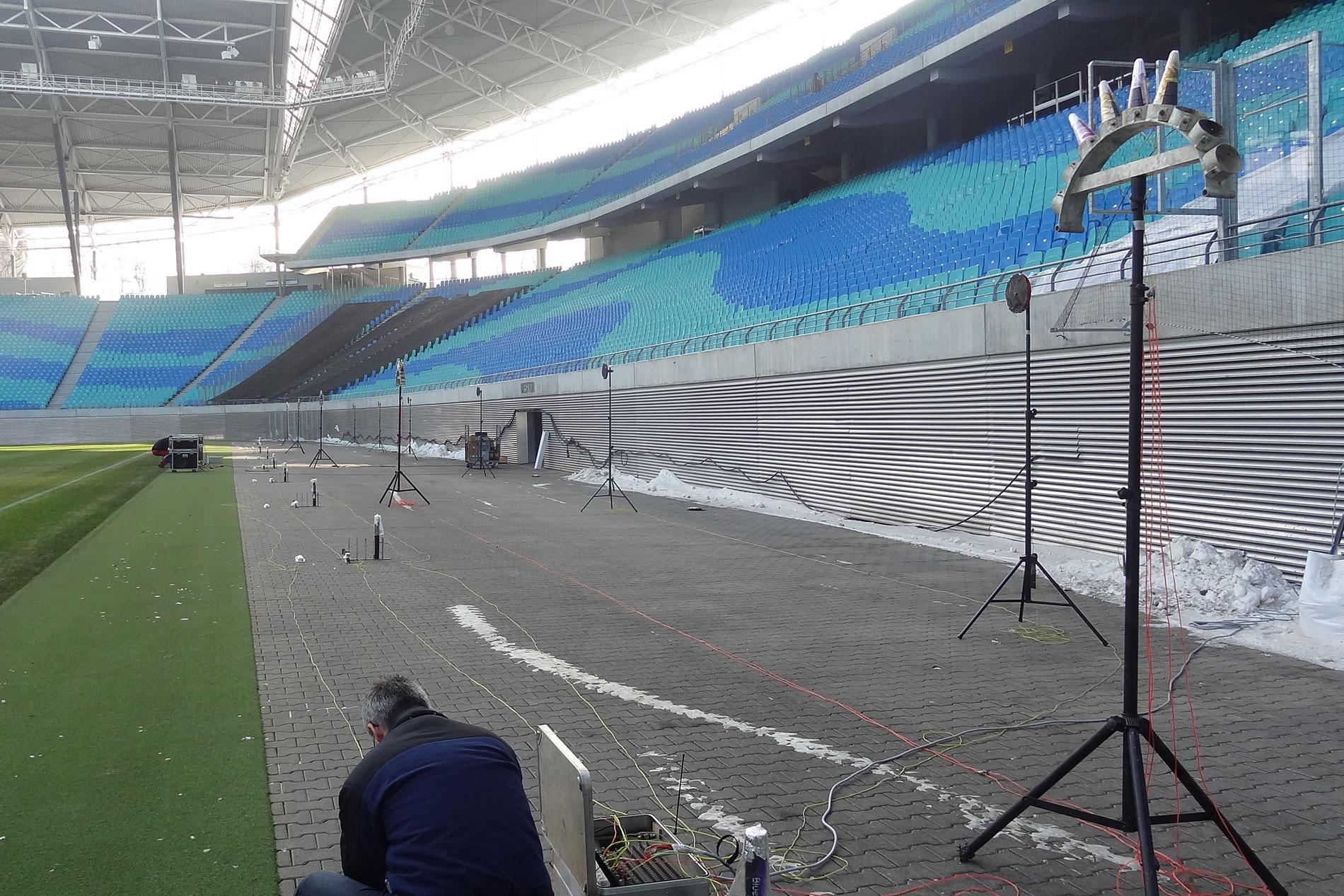 Aufbau Effektmaschinen im Zentralstadion Leipzig