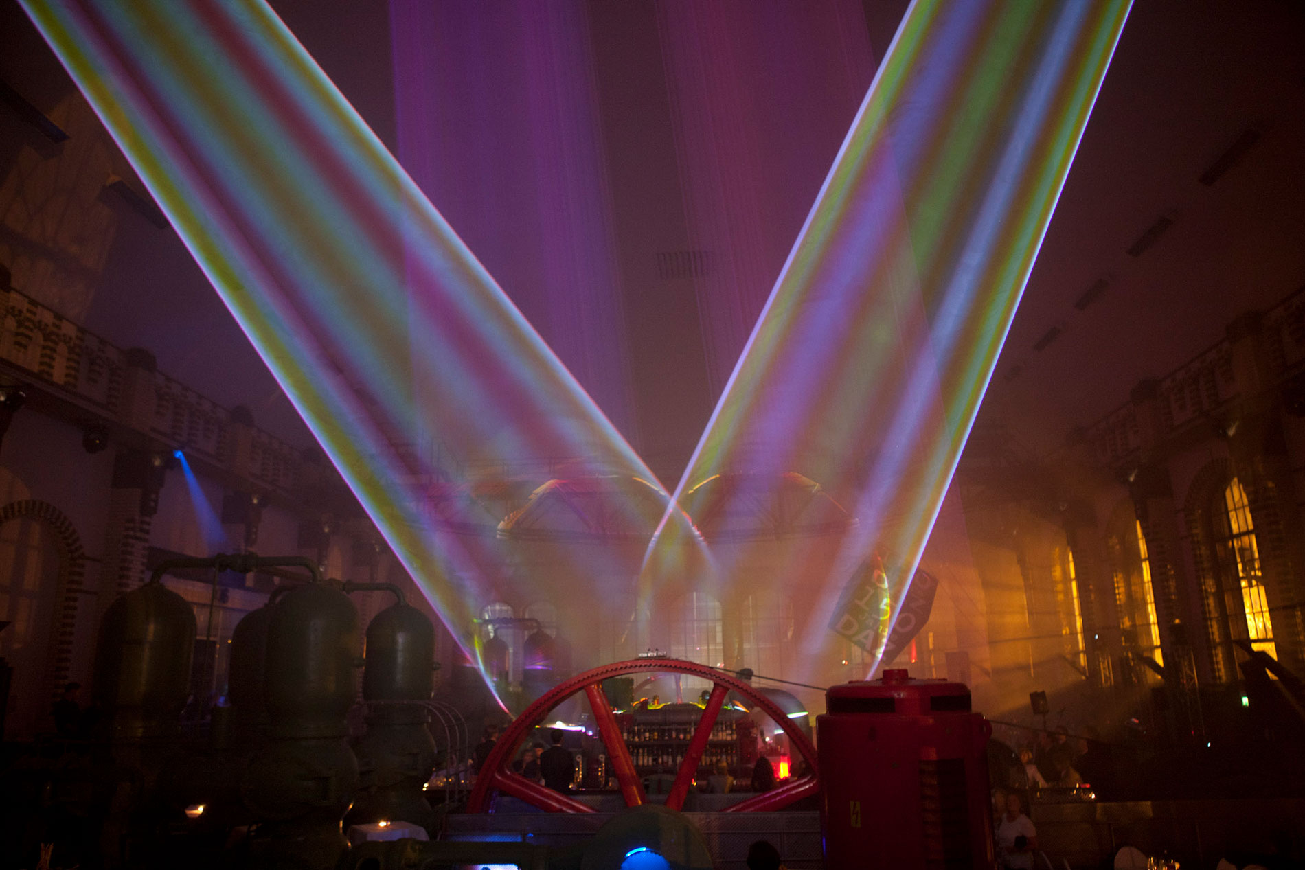 Indoor Lasershow multimedial