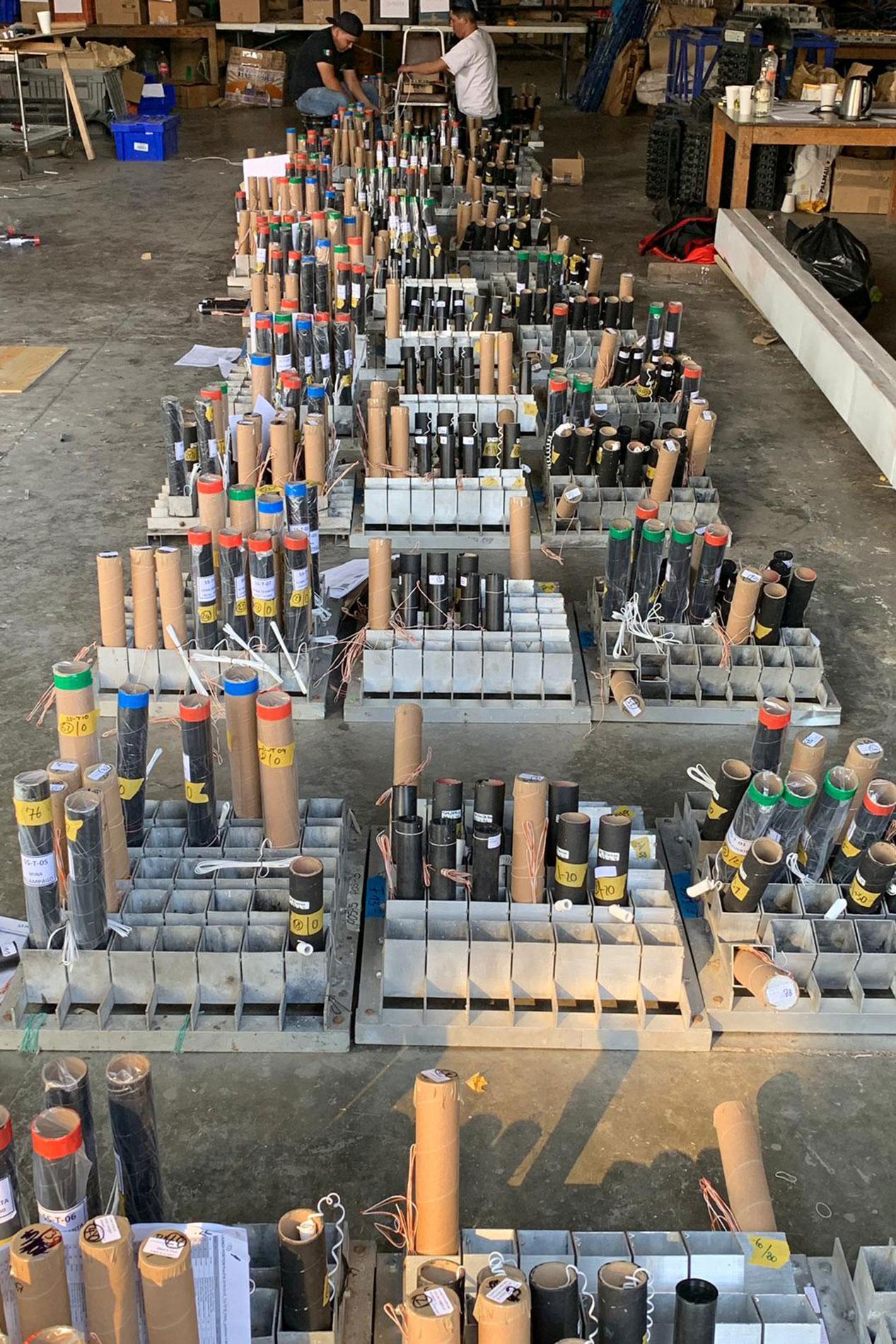 Pyro-Batterien für die Feuershow in Tultepec Mexico